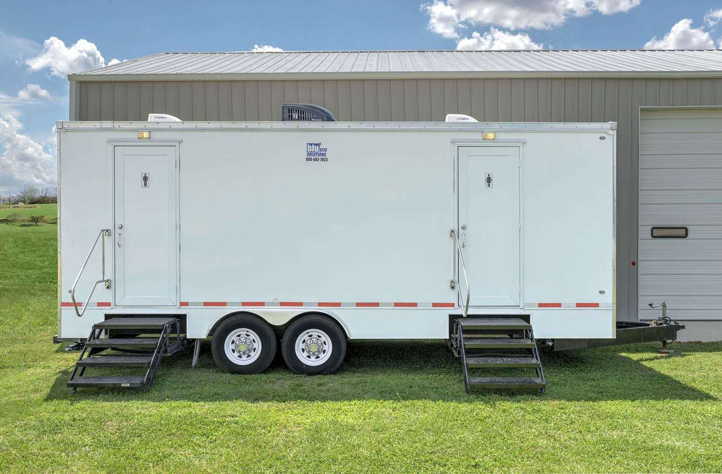 Luxury Restroom Trailer - Exterior