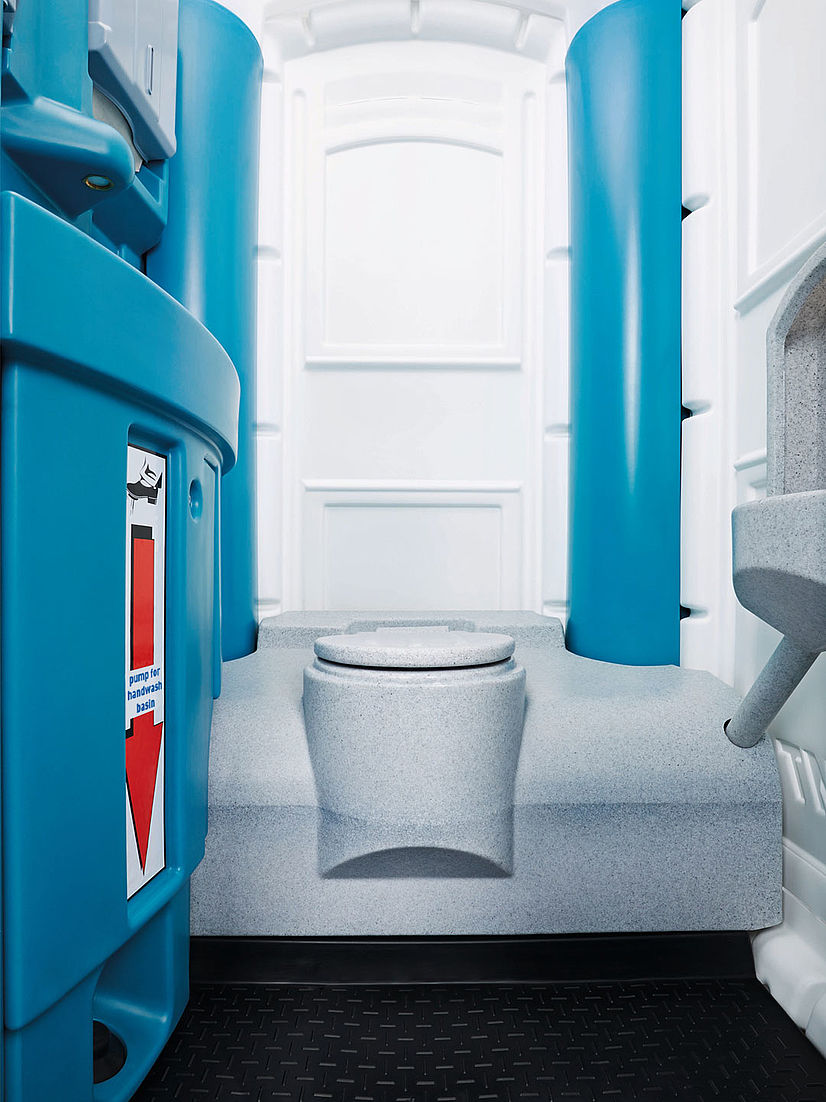 portapotty-inside-view_toi-water